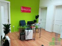 Se izdava prazen kancelariski prostor vo Skopje, Centar so povrshina od 115 m2.  Ekstra: Klima, Greenje na struja, Upotrebna dozvola.  Cena: 450 EUR