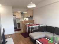 Se izdava namesten stan vo Skopje, Centar - Univerzalna Sala so povrshina od 58 m2.  Ekstra: Klima, Centralno Parno, Lift, Nova Zgrada.  Cena: 320 EUR