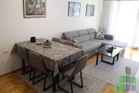Se izdava namesten stan vo Skopje, Karposh 3 so povrshina od 52 m2.  Ekstra: Klima, Lift, Nova Zgrada.  Cena: 330 EUR