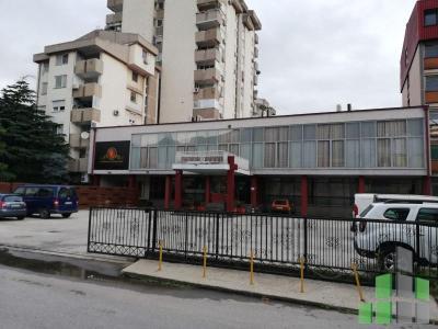 Se izdava prazen deloven objekt vo Skopje, Kozle so povrshina od 1592 m2.  Ekstra:  Cena: 5500 EUR