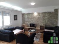 Se izdava namesten stan vo Skopje, Taftalidje 1 so povrshina od 70 m2.  Ekstra: Klima, Centralno Parno.  Cena: 250 EUR