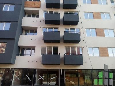 Apartment for sale in Skopje, Gjorche Petrov with living area of 22 m2.  Extras: Own steam heating, Elevator, New Building.  Cost: 19800 EUR