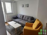 Se izdava namesten stan vo Skopje, Aerodrom so povrshina od 40 m2.  Ekstra: Centralno Parno, Lift.  Cena: 260 EUR