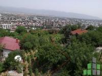 Se prodava  zemjishte/plac vo Skopje, Zdanec so povrshina od 1000 m2.  Ekstra:  Cena: 275000 EUR