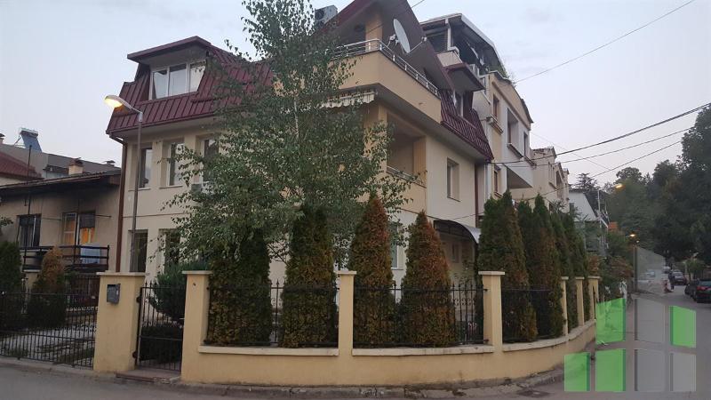 Се издава Кат од куќа во Козле - B0646